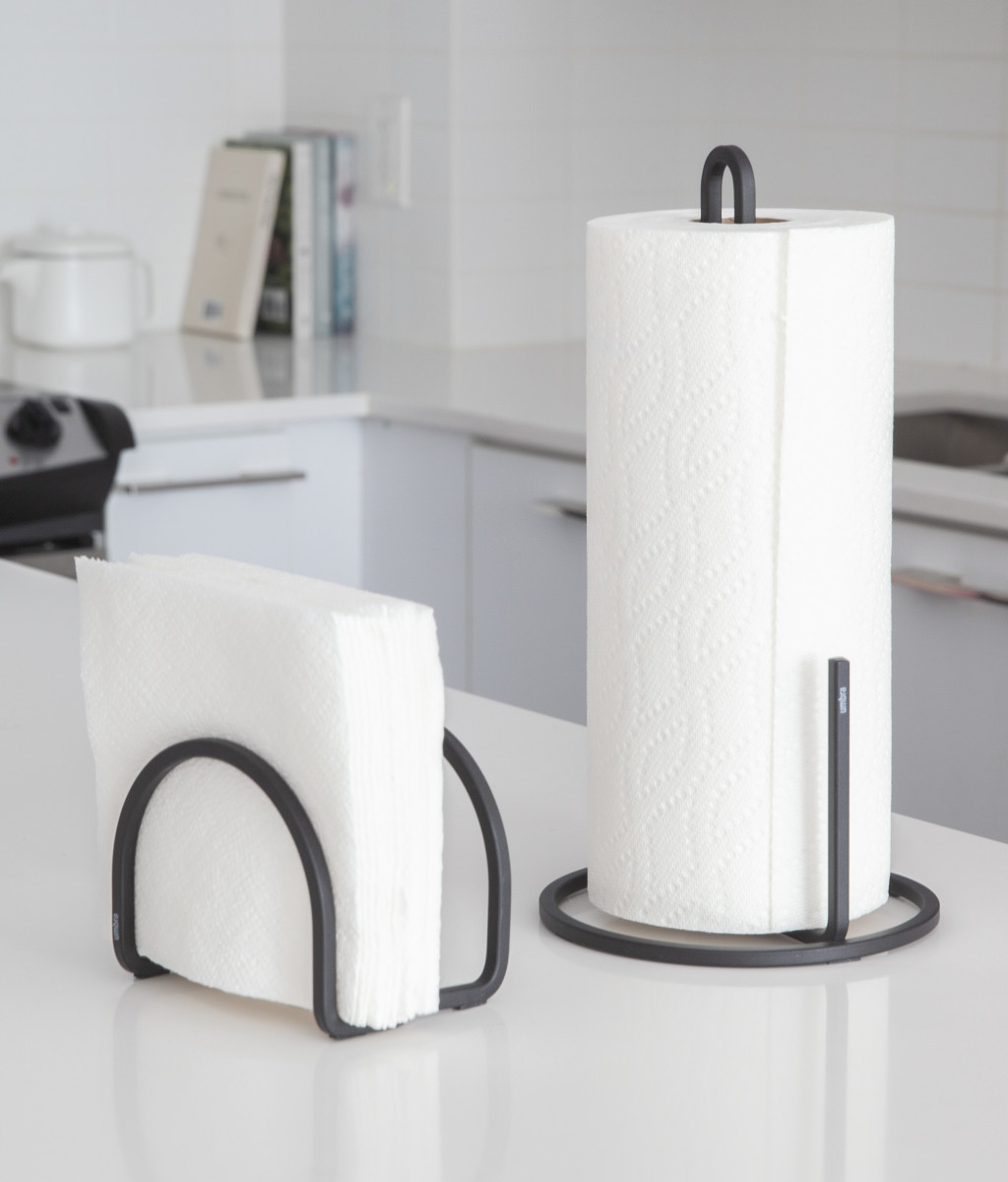 2019_spring_catalog_-_1005748-040-_squire_napkin_holder_black