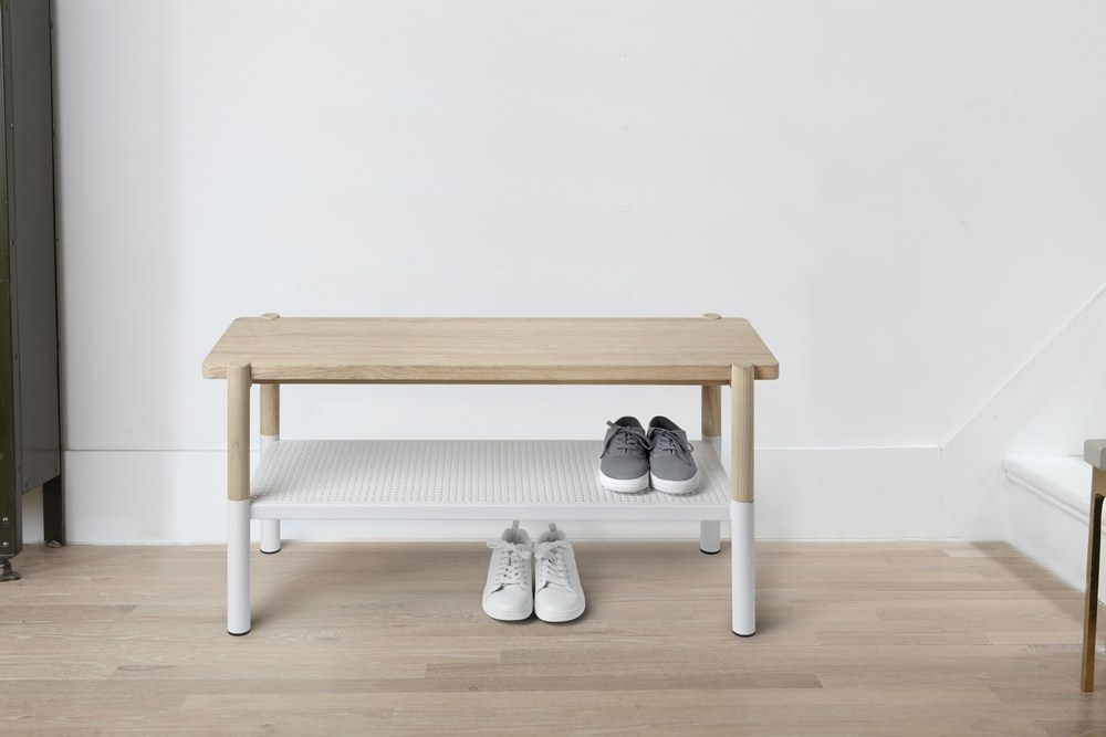 320800-668_promenade_bench_natural_white_insitu_01